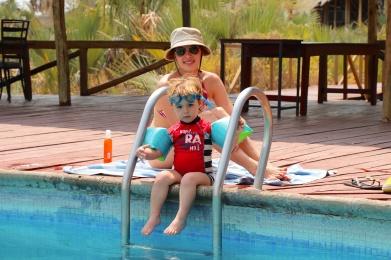Simón listo para la piscina